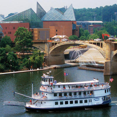 Chattanooga on river